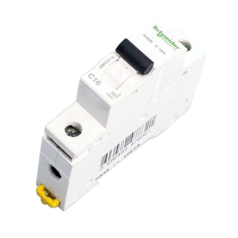 Wylaczniki-nadpradowe-bezpieczniki - wyłącznik nadprądowy instalacyjny 1p c 16a a9k02116 schneider electric firmy Schneider Electric